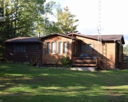 Cottage for Sale on Bear Lake